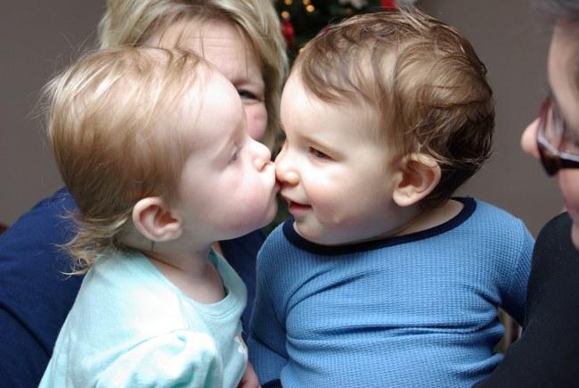 Xmas2009 KissinTime